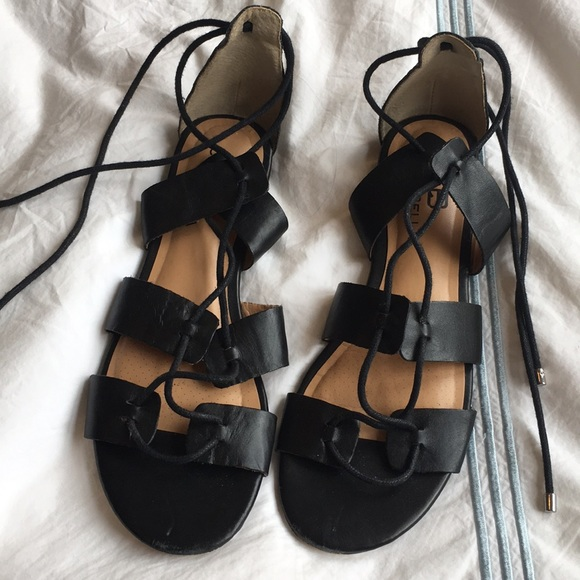 6cceace3d1865 Ciao Bella black leather lace up sandals. M 5abea2fcc9fcdf4a65cfccaa
